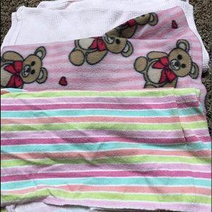 Baby girl blanket bundle free with bundle